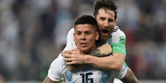 Argentina, de Rojo e Messi, sofreu, mas se garantiu nas oitavas de final da Copa.