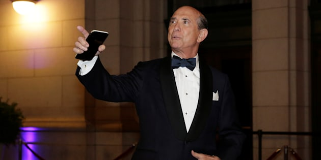 Republican National Committee finance chairman Lewis Eisenberg arrives to attend a candlelight dinner at Union Station on the eve of the 58th Presidential Inauguration in Washington, U.S., January 19, 2017.  REUTERS/Joshua Robertd