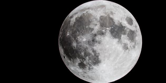 """Torna la """"Super Luna"""": la notte più spettacolare d"""