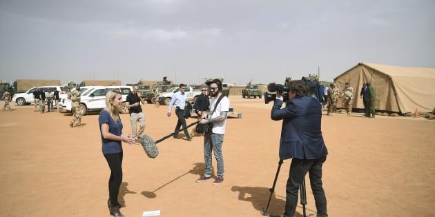 Journalistes sur la base de Gao dans le Nord du Mali.