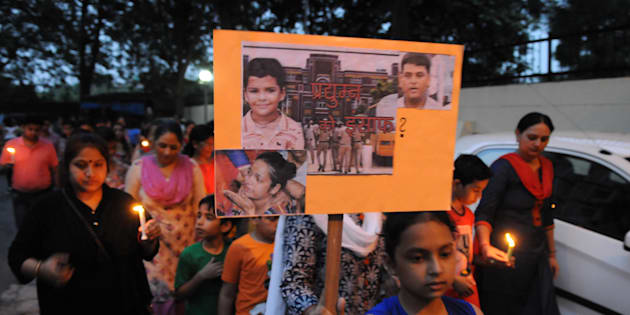 GURGAON, INDIA - SEPTEMBER 14:  Resident of Rail Vihar society held candle march at sector-15 part-2 to mourn the death of Ryan International school student Pradhuman Thakur,  on August 14, 2017 in Gurgaon, India.