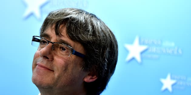 Carles Puigdemont attends a news conference in Brussels, Belgium, October 31, 2017. REUTERS/Eric Vidal