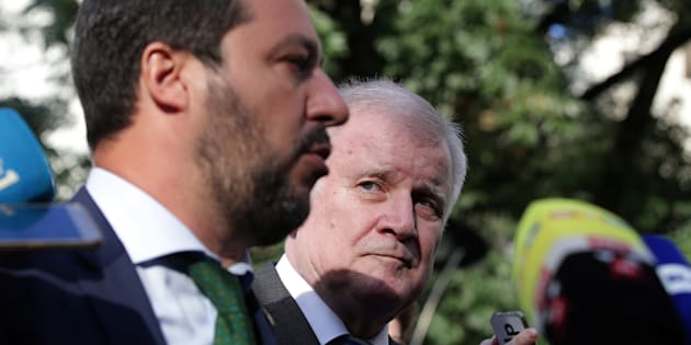 Italy's Matteo Salvini and Germany's Horst Seehofer are seen during a statement ahead of an informal meeting of EU's Home Affairs Ministers in Innsbruck, Austria, July 11, 2018. REUTERS/Lisi Niesner