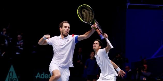 Finale de la Coupe Davis France - Belgique: grâce au double, les bleus virent en tête.