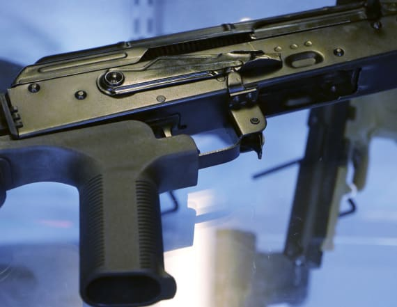 Trump administration moves to ban bump stocks