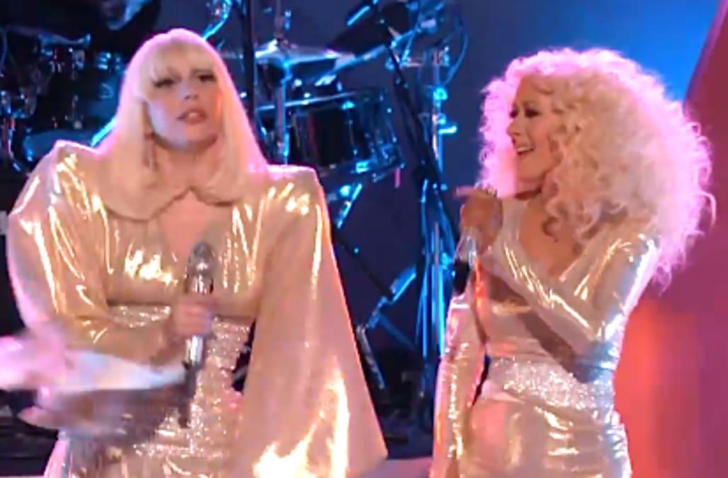 Christina Aguilera reacts to Lady Gaga pulling R  Kelly