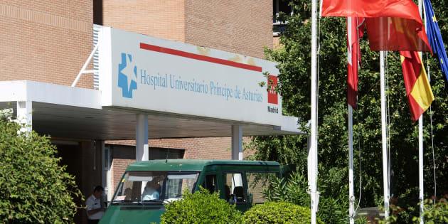 Fachada del Hospital Príncipe de Asturias de Alcalá de Henares, donde trabajaba la enfermera y donde se han producido las dos muertes sospechosas.