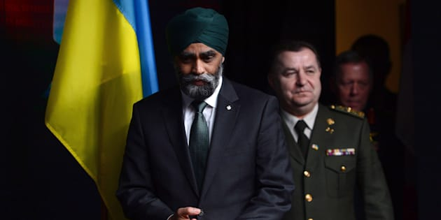 Defence Minister Harjit Sajjan and his Ukrainian counterpart, Defence Minister Stepan Poltorak, meet to discuss the Canada-Ukraine defence relationship on Monday, April 3, 2017, at National Defence Headquarters. THE CANADIAN PRESS/Sean Kilpatrick
