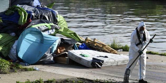 Les deux derniers grands camps de migrants à Paris évacués