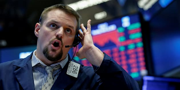 Stock markets fall heavily on fresh trade war fears