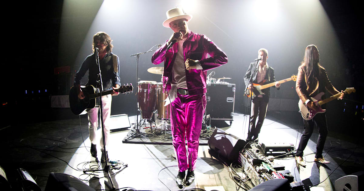 f2ea914a8 The Tragically Hip Won t Play Again Without Gord Downie