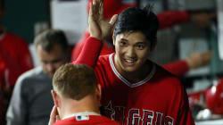 大谷翔平スゴすぎ、満塁でメジャー初の三塁打。ベンチでお辞儀する姿が可愛いよおおおお