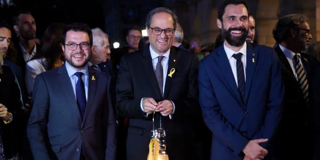 El presidente de la Generalitat, Quim Torra, junto al presidente del Parlament de Cataluña,Roger Torrent.