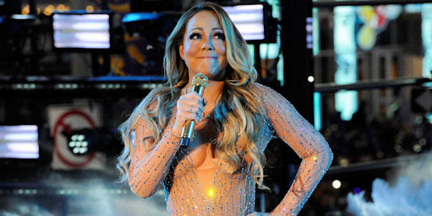 Mariah Carey performs during a concert in Times Square on New Year's Eve in New York, U.S. December 31, 2016. Picture taken on December 31, 2016. REUTERS/Stephanie Keith