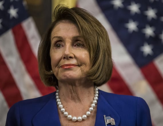 Pelosi visits Jordan for discussions on Syria crisis