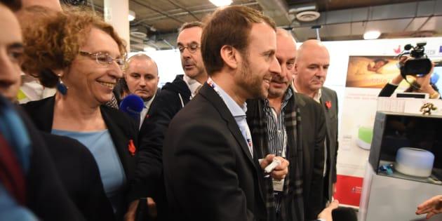 Emmanuel Macron et Muriel Pénicaud rencontrent des dirigeants de start-ups, le 7 janvier 2016 au CES de Las Vegas.