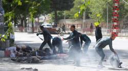 Periodistas y niños mueren en un doble atentado suicida en