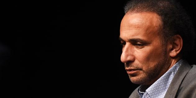 Tariq Ramadan reste en prison, la justice ordonne une expertise sur son état de santé