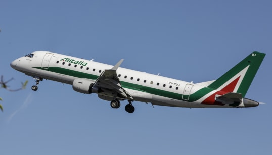 ALITALIA, LA PARTITA SI COMPLICA - Easyjet si ritira, Delta vuole entrare solo col 10%, Fs non vuole andare oltre il 30. Così...