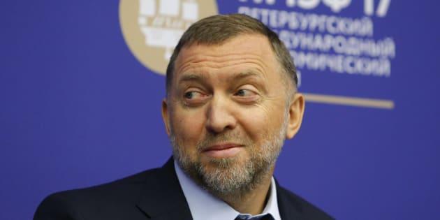 El magnate ruso Oleg Deripaska atiende una sesión del Foro Económico Internacional de San Petersburgo, el 1 de junio de 2017.
