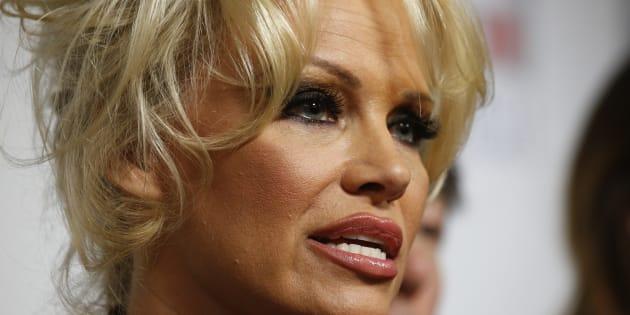"""""""Tu sais que je t'aime"""": la lettre de Pamela Anderson à Kim Kardashian pour stopper la fourrure animale"""
