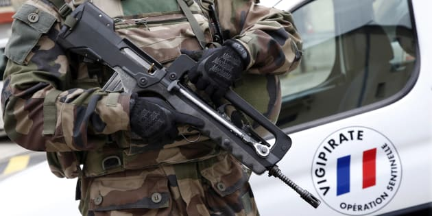 Des militaires de l'opération Sentinelle renversés à Levallois-Perret