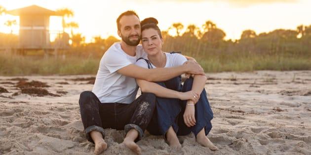 Jennifer Gorman con su marido, Jordan.