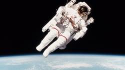 Décès de l'astronaute Bruce McCandless II, qui s'était déplacé librement dans