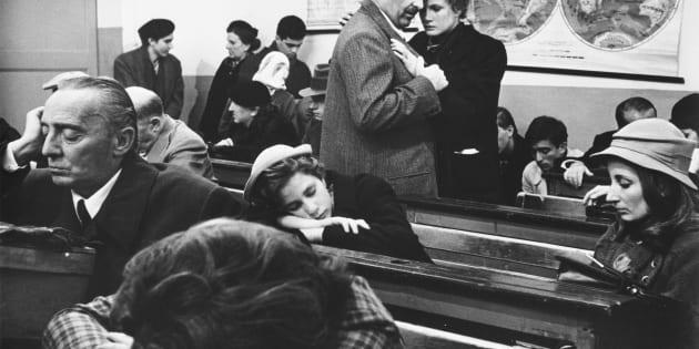 Romolo Valli as Giorgio's father and Dominique Sanda as Micol Finzi-Contini in the 1970 film Il Giardino dei Finzi-Contini, released in English as The Garden of the Finzi-Continis. (Photo by ?? John Springer Collection/CORBIS/Corbis via Getty Images)