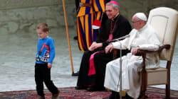 Le pape François interrompu pendant son audience par un petit