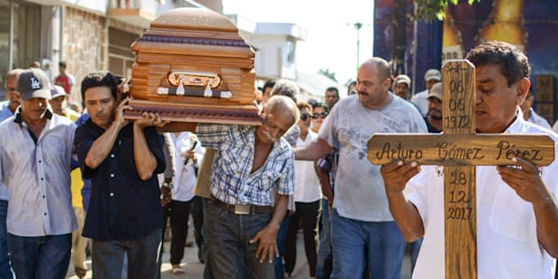 Les funérailles du maire de la ville de Petatlan, Arturo Gomez