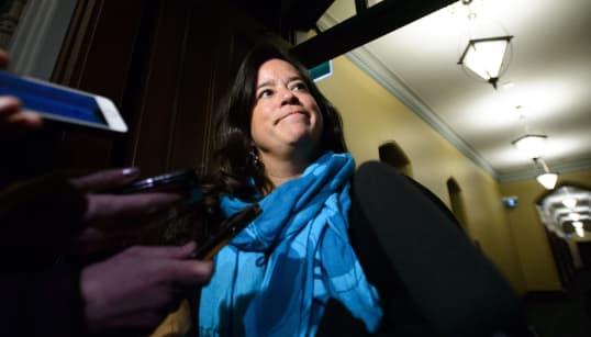 Trudeau s'excuse, Wilson Raybould en