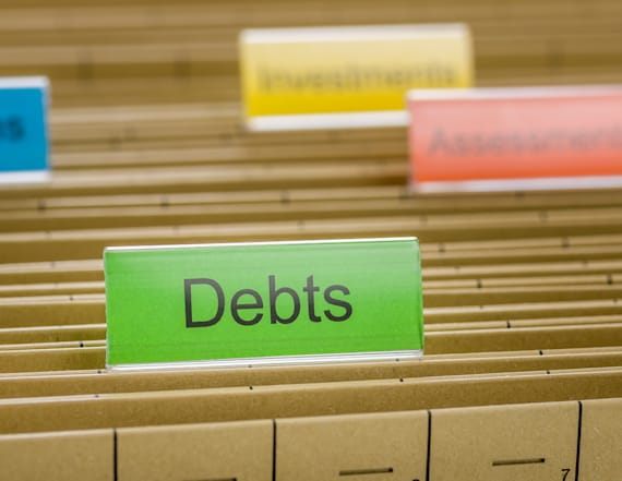 What happens to debt after you die?