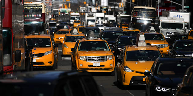 Les États-Unis vont assouplir les normes limitant la pollution automobile.