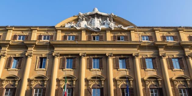 Il Tesoro piazza 6 | 5 miliardi di Btp |  i tassi volano |  il rendimento del triennale