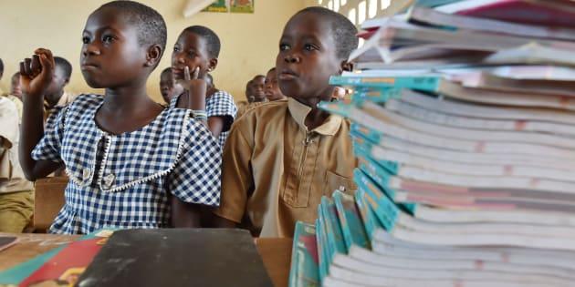 Le développement de l'Afrique passe par l'apprentissage de la lecture aux enfants.