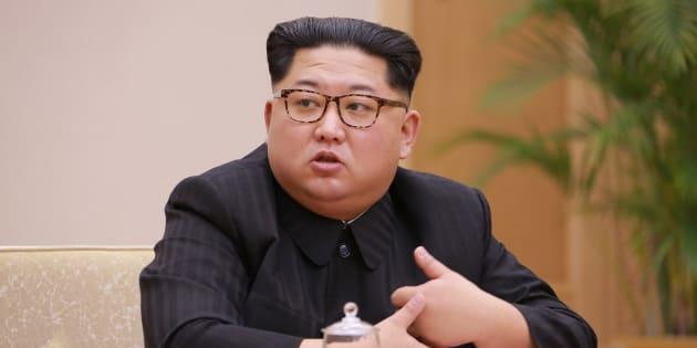 L'ouverture de cette ligne de communication survient à une semaine d'un sommet entre le président sud-coréen Moon Jae-in et le dirigeant nord-coréen Kim Jong Un.