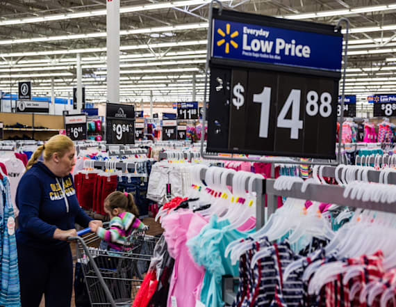 Walmart reports best US sales growth in a decade
