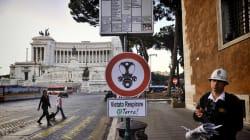 Smog oltre ai limiti fuori dalle scuole di Roma. L'allarme di