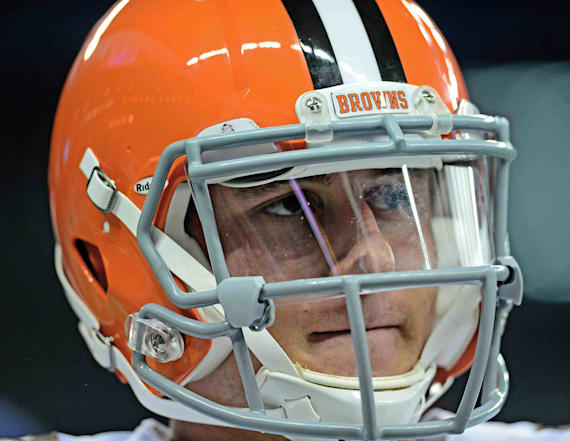 Manziel throws in front of scouts from 12 teams