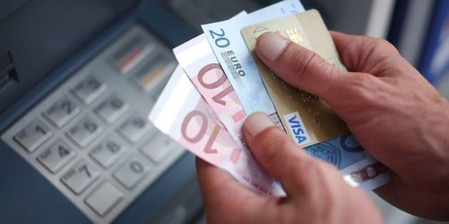 Photo d'illustration: Vos tarifs bancaires vont encore augmenter en 2017 (mais vous pouvez y échapper)