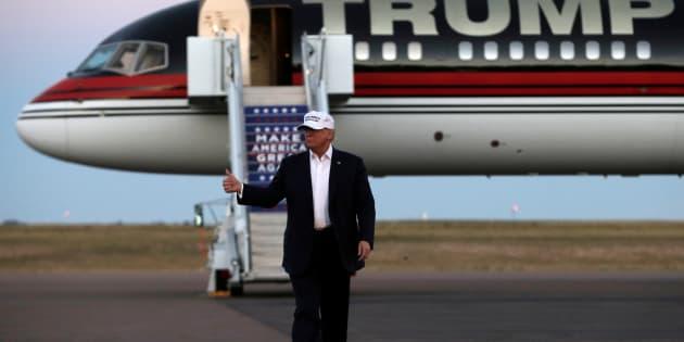 Republican presidential nominee Donald Trump speaks at a campaign rally in Colorado Springs, Colorado, U.S., September 17, 2016.  REUTERS/Mike Segar