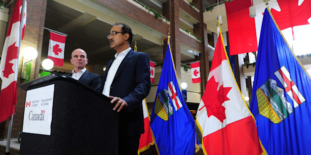 Infrastructure Minister Amarjeet Sohi and MP Randy Boissonnault hold a news conference in Edmonton on Oct. 1, 2017.