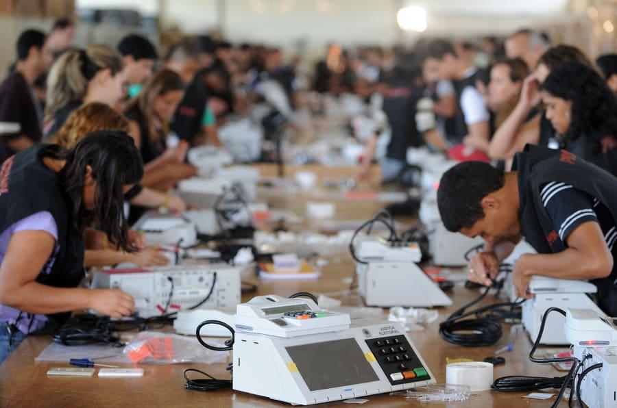 Uma das novidades das eleições 2018 é a auditoria em tempo real das urnas, no dia da eleição, antes da votação.