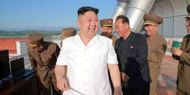 Kim oltre il 38° parallelo. Il leader nordcoreano attraverse