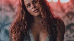Alanis Desilets, sexy à souhait pour Blush