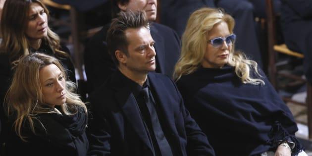 Sylvie Vartan aux côtés de David Hallyday et Laura Smet, le 9 décembre aux funérailles de Johnny Hallyday.