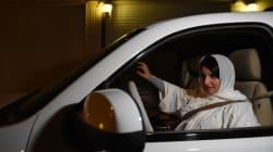 Las saudíes toman el volante orgullosas tras el fin de la prohibición de