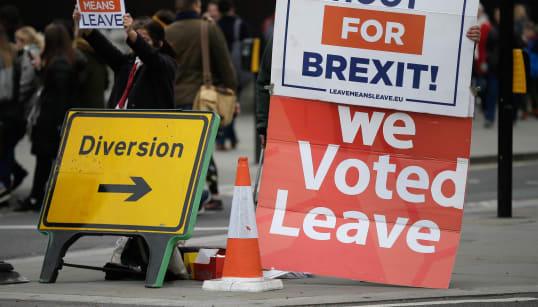 BREXIT, PIANO B - Westminster lo discuterà il 29 gennaio. Barnier: