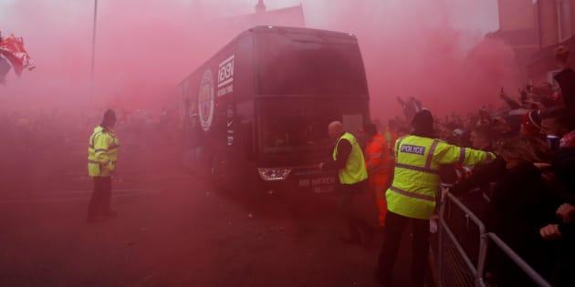 Liverpool - Manchester City: le bus des joueurs mancuniens attaqués avant le match de Ligue des Champions